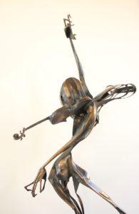 igor-kitzberger-bronzova-plastika-paganini-vyska-158-cm-na-prodej-v-prazske-karlinske-galerii-5