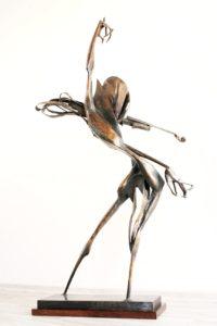 igor-kitzberger-bronzova-plastika-paganini-vyska-158-cm-na-prodej-v-prazske-karlinske-galerii-7-jas-katalog