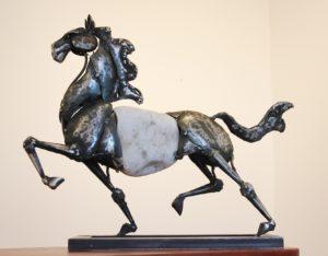 vaclav-rubeska-kun-51x60-cm-zelezna-tepana-plastika-umelecke-pasirstvi-praha