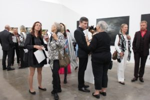 knupp-gallery-la-art-exhibition-velvet-and-glass